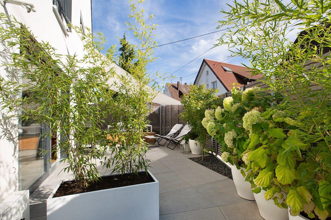 Wolfhaus Garten April 2021 02